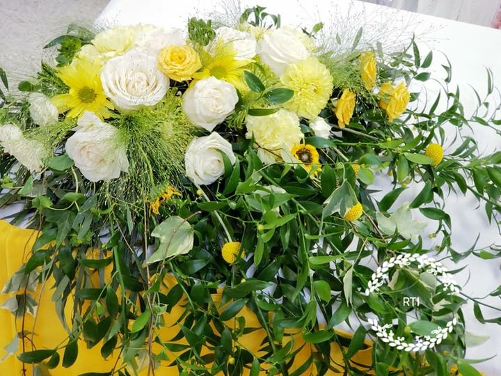 Tmx 51479891 382025802584230 4704124696868683776 N 51 991630 Aurora, CO wedding florist