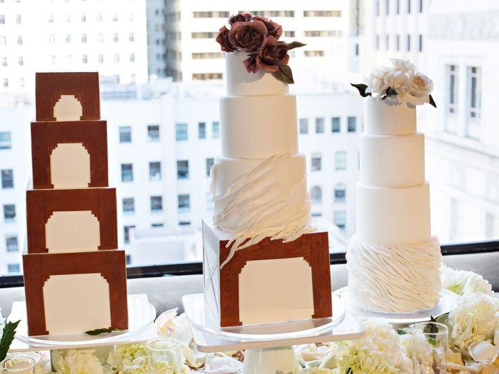 Tmx 1516216989 1dbe826b69ce3701 1516216987 E404b1a1cbdfcee5 1516216985558 1 Chauntel Cakes Santa Rosa wedding planner