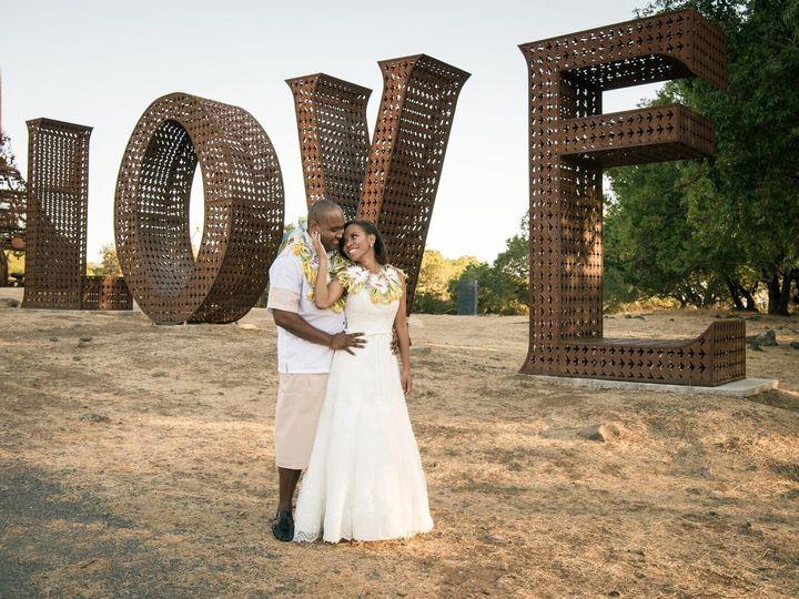 Tmx 1516217510 F734d0482700dc9d 1516217509 Dacd861cc85cd9ac 1516217507914 1 Lusi Patrick LOVE Santa Rosa wedding planner