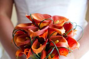 Real Touch Flowers, Silk Wedding Flowers by Sharon Nagassar Designs