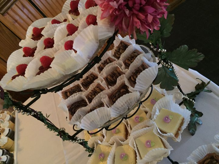 Tmx Purple 1 Cheesecakes Js 51 1013630 159837739634986 Colgate, WI wedding cake
