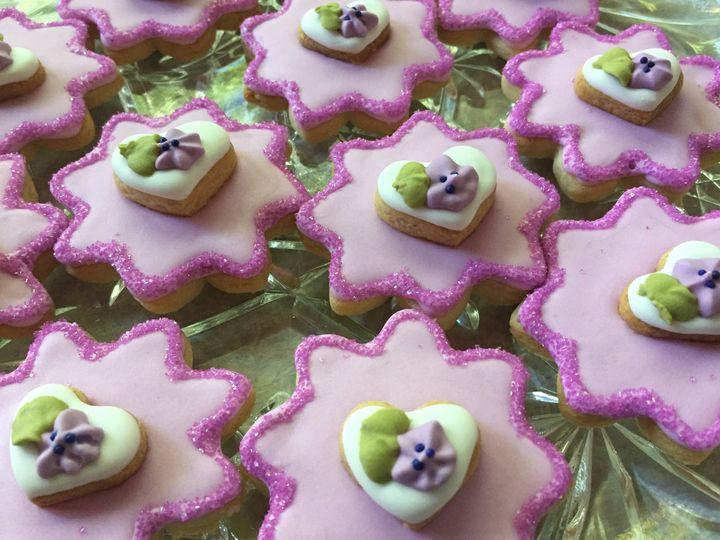 Tmx Purple 10 Flowers 51 1013630 159837778148300 Colgate, WI wedding cake
