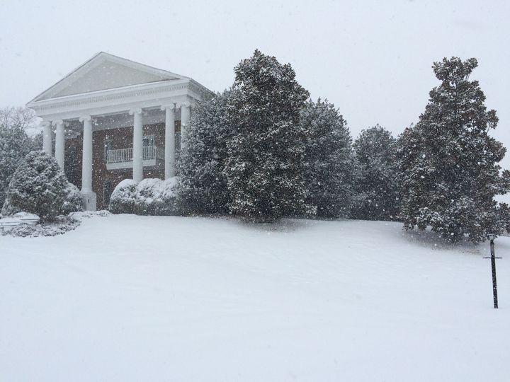 front facade snowing