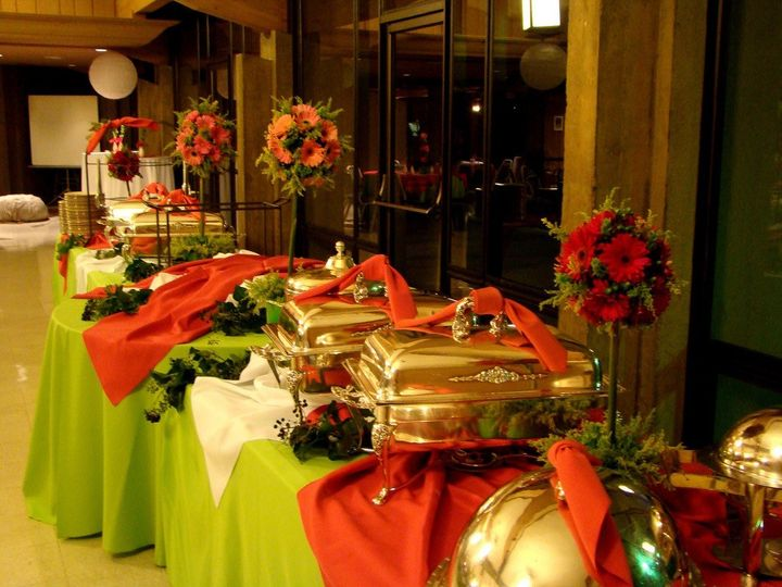 Frenchys Catering Catering Wurtsboro NY WeddingWire - Catering buffet table setup