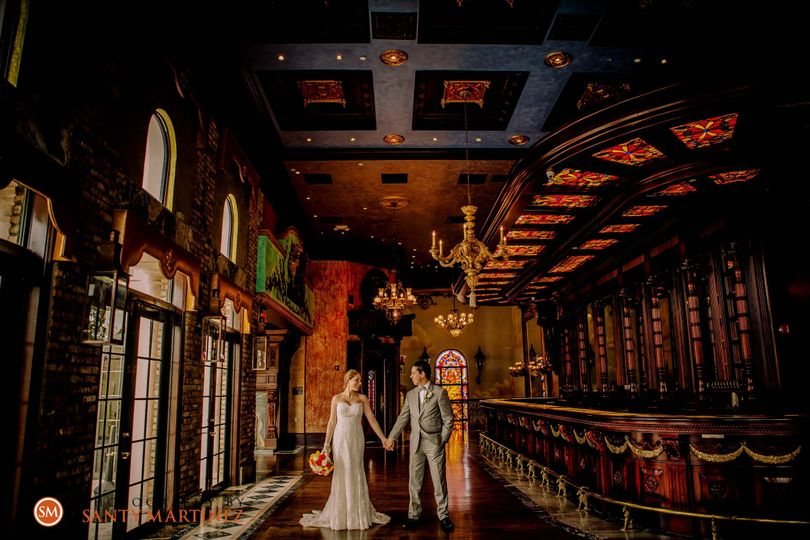 the cruz building wedding santy martinez pho