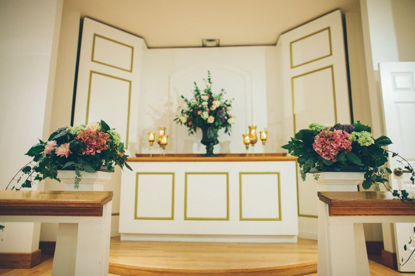 Altar with bouquet