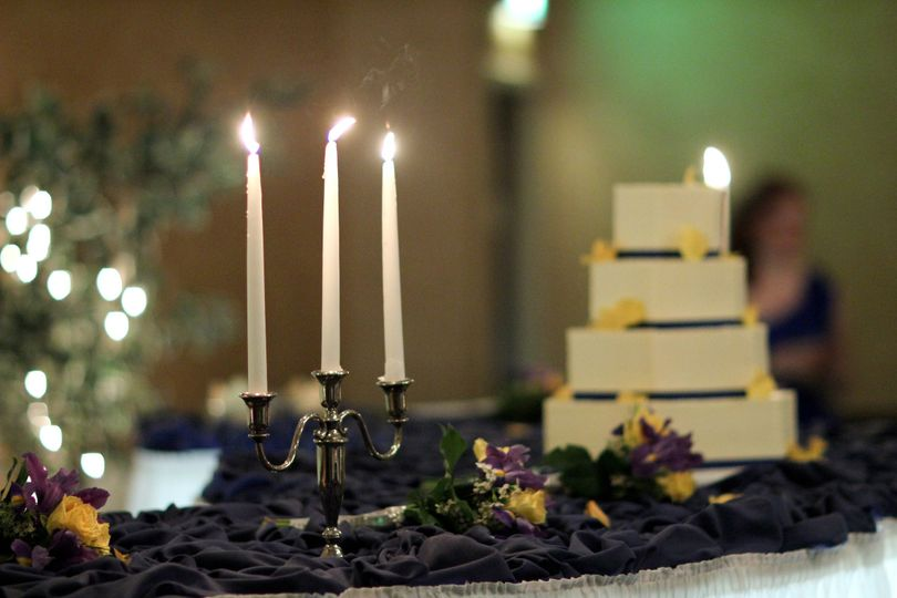 Our hotel wedding planners can work with you on arrangements for cakes, candles, flowers and more!