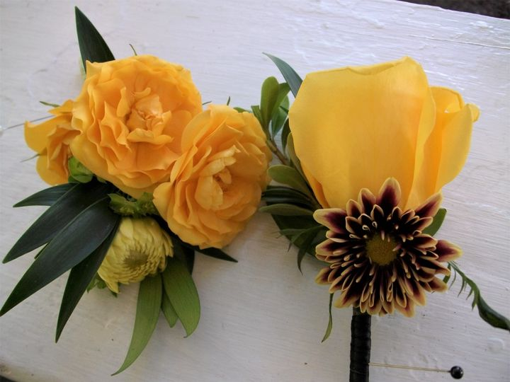 Tmx Floral21 51 404730 158860104410028 Mount Vernon, ME wedding florist