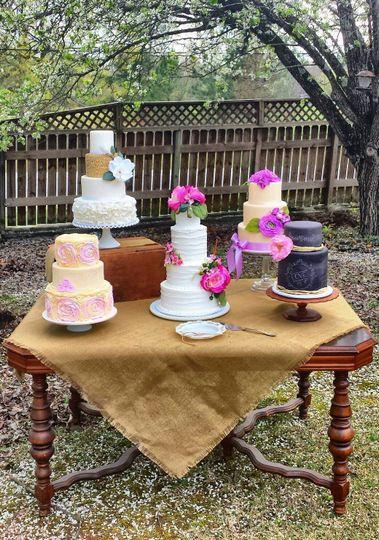 Manda Cakes