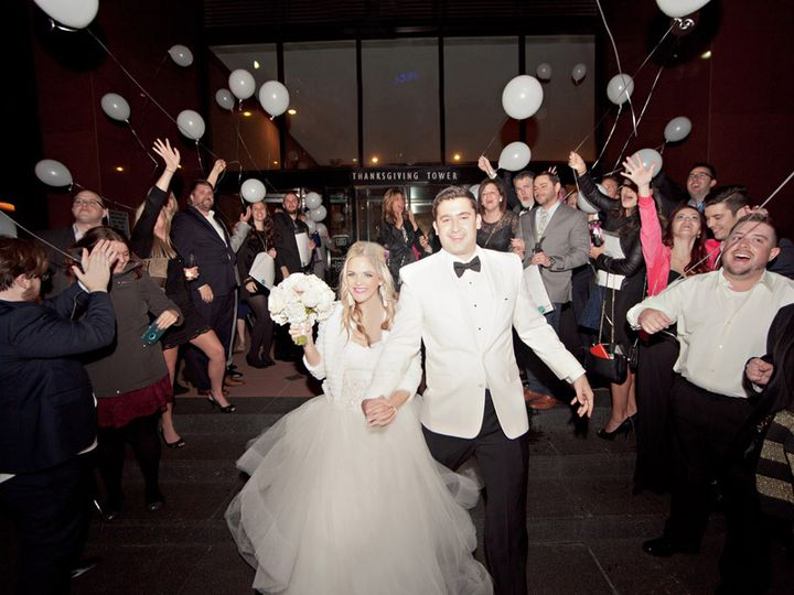 Tmx 105 Thanksgiving Tower Club Dallas Wedding By Ivy Weddings 51 447730 V1 Dallas, TX wedding venue