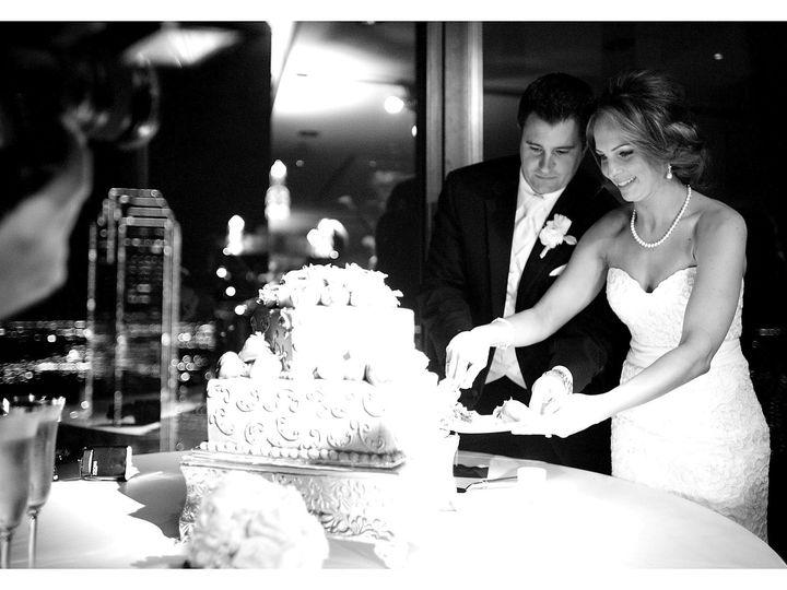 Tmx Cake Cutting 2 51 447730 158741140168689 Dallas, TX wedding venue