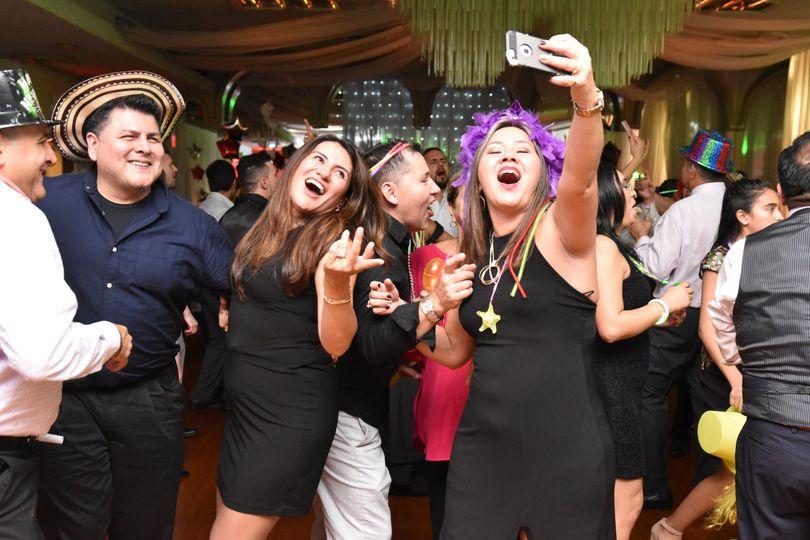 Dance Floor Selfie !