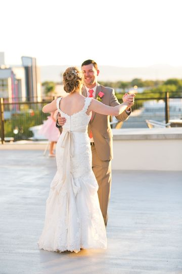 Treat your guests to a first dance against the backdrop of a setting desert sun