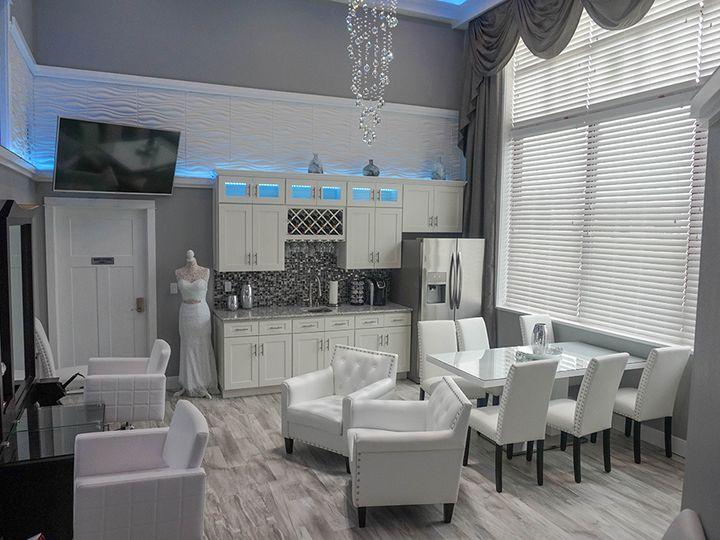 Tmx Bridal Suite Celebrations 51 919830 La Crosse, WI wedding venue