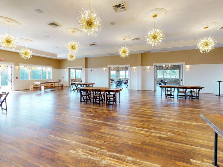 Tmx The Big Creek Lodge Unfurnished1 51 749830 160526433615396 Westfield, NC wedding venue