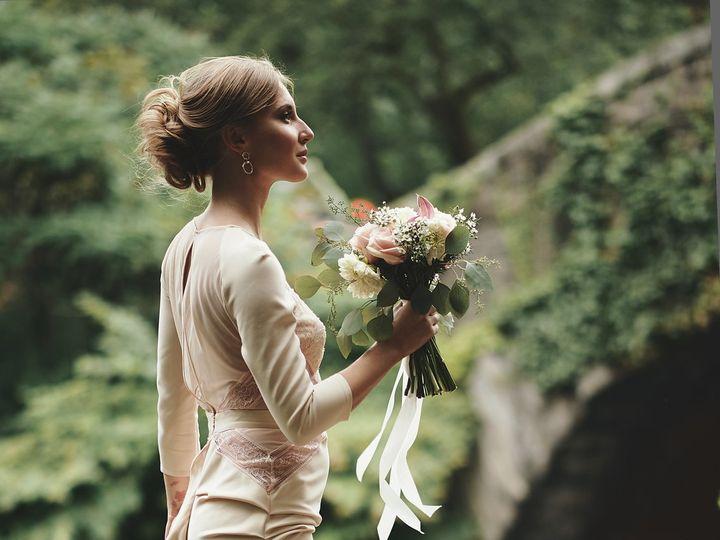 Tmx 1519064685 7b1afa21ca112977 1519064682 99ce87ba21f4491a 1519064677544 3 ISW 0163 Stamford, CT wedding florist