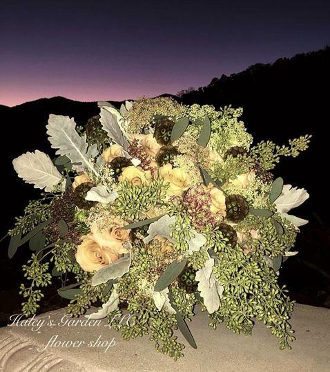 Sunset wedding bouquet
