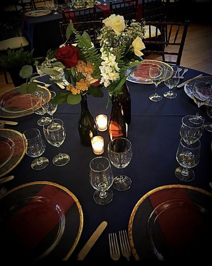 Simple table arrangements with some glow