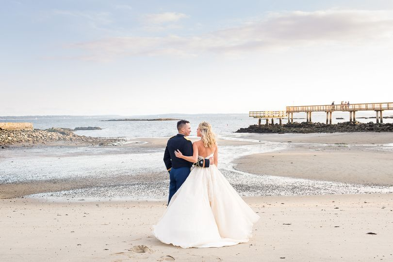 Coveleigh Country Club, RYE NY, Bride and Groom Beach Wedding.