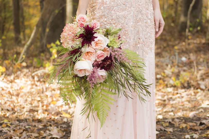 Autumnal floral style