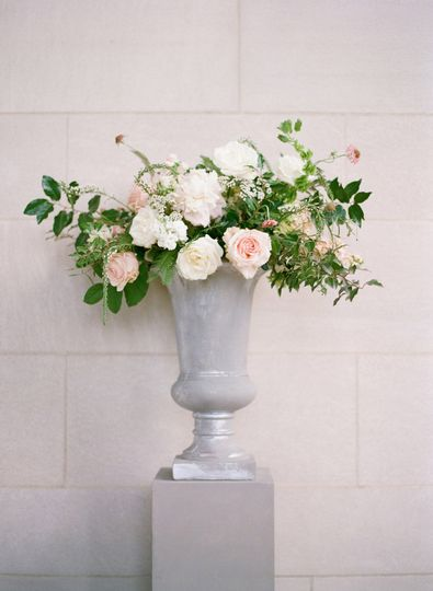 Floral vase decor