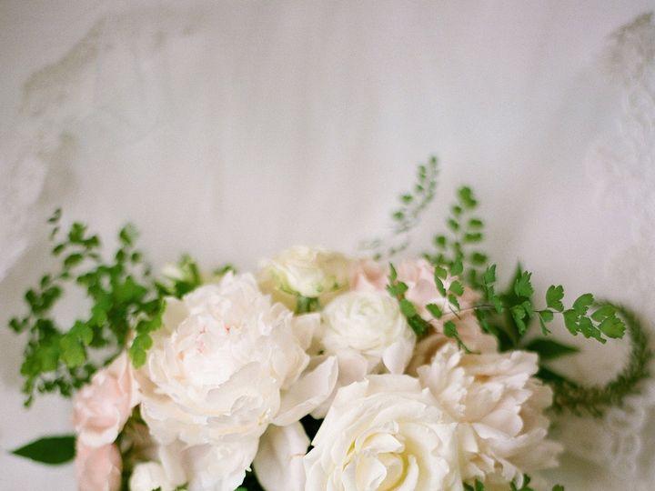 Tmx 008 Jz 51 985930 Galesville, MD wedding florist