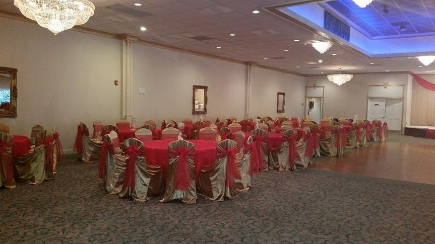 Spacious banquet hall