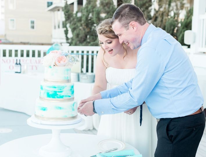 All Decked Out Cake Cutting