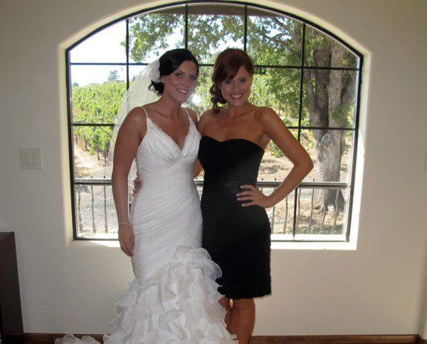 Bridesmaid Jessica is stunning in a Level 3 custom tan from Faking it Flawless!