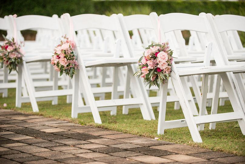 Ceremony chairs and decor