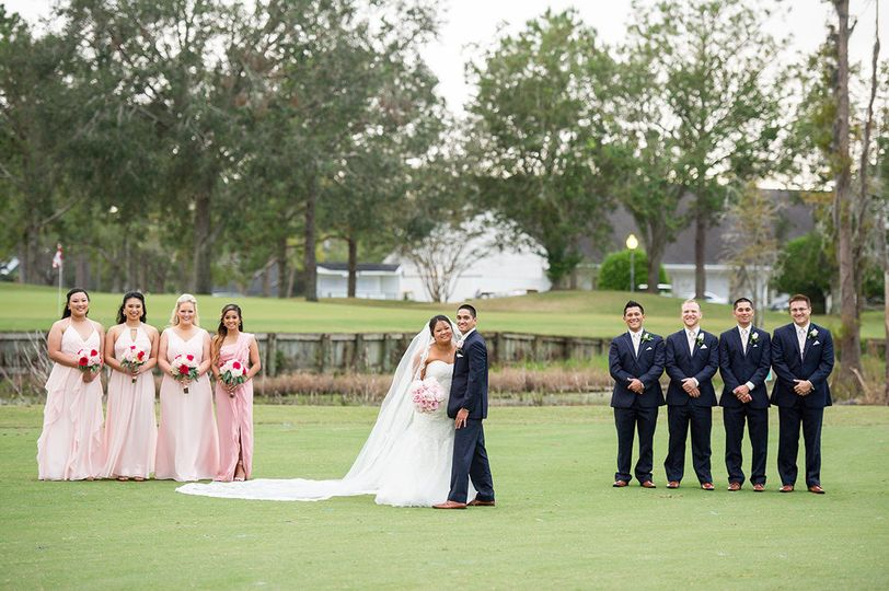Bridal party on the golf course