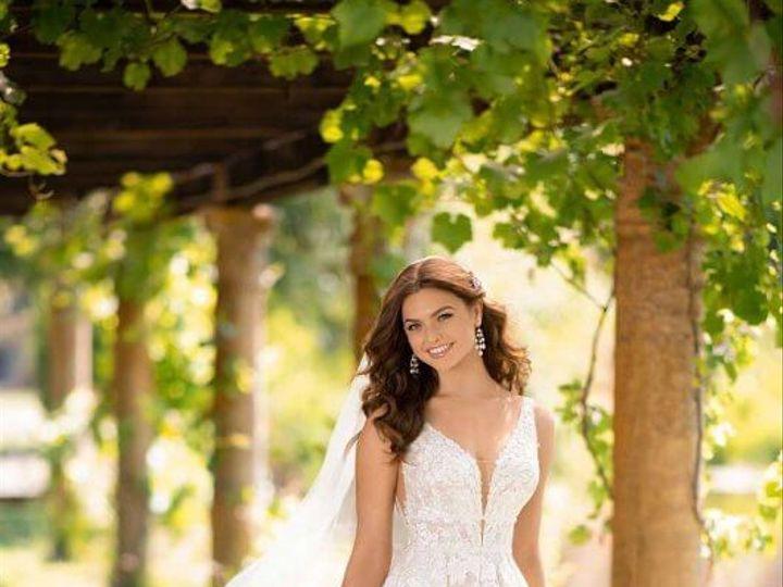 Tmx 9 51 983040 1557939435 Brookfield, WI wedding dress