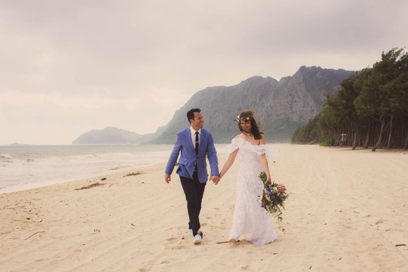 Couple on the beach - Kelilina Photography and Films
