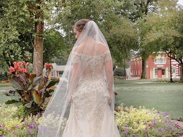 Tmx Magenta Wedding Photography Flower Bride 51 987040 160471635065359 Davenport, IA wedding photography