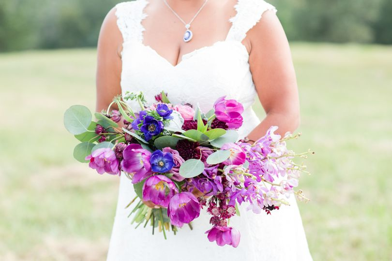 Colorful bridal bouquet | Barbara Covington Photography