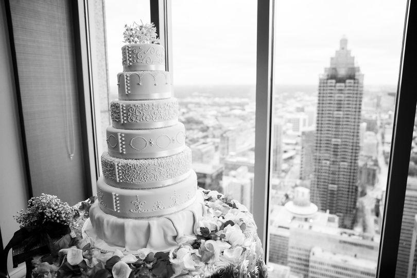Multilayered cake
