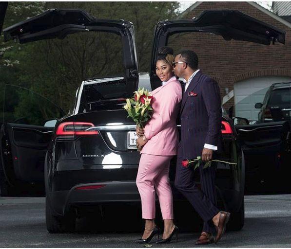 Tmx 1528405310 Eb95b9b006c02056 1528405309 1e133e188ea94e9f 1528405338728 1 Husband And Wife Frederick wedding transportation