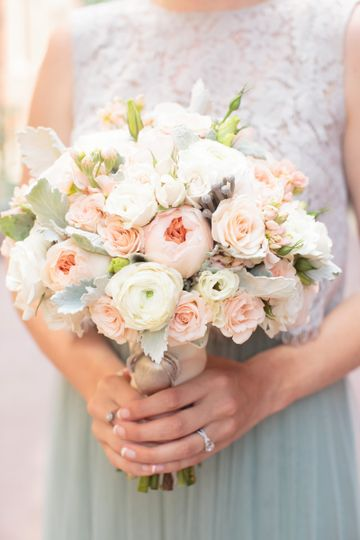 White and peach flowers