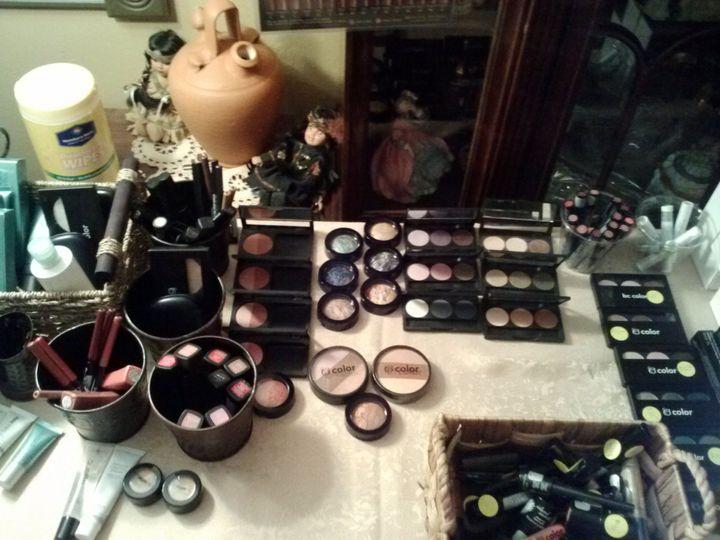 Makeup to apply