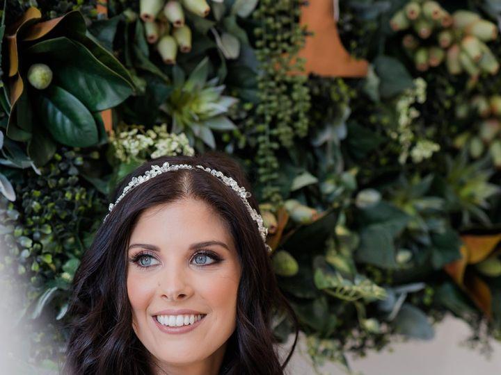 Tmx Krisitn4 51 985140 Philadelphia, Pennsylvania wedding beauty