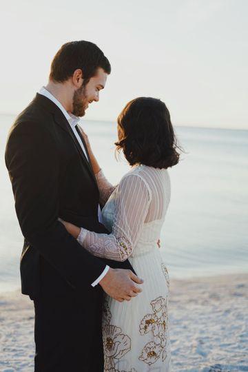 5d5e1840e662a1b3 1526004622 fdc35d2c32c7c66f 1526004603706 4 love wedding 86380