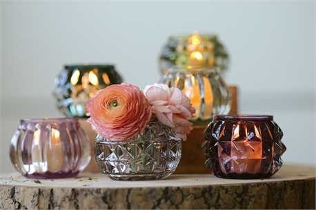 Dainty candle holders