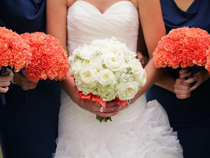 Tmx 1389113806806 Ff82679a8547d8630c071a2f3d6f676 Grand Rapids wedding florist