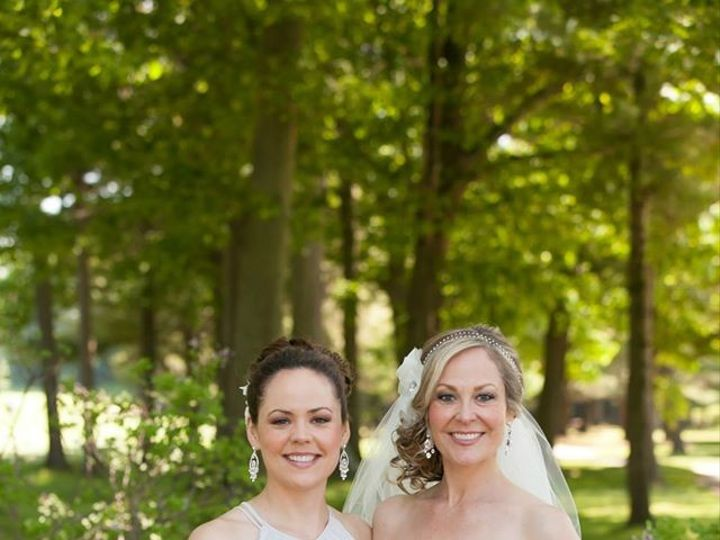 Tmx 1419635345270 106199268061743560918613272306095150471079o Grand Rapids wedding florist