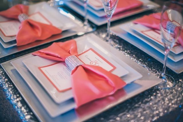 Cards and place settings