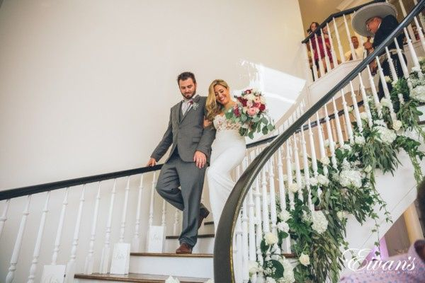 Tmx Austin Wedding Photography 3184 600x400 51 325240 158216009966327 Bastrop, TX wedding venue