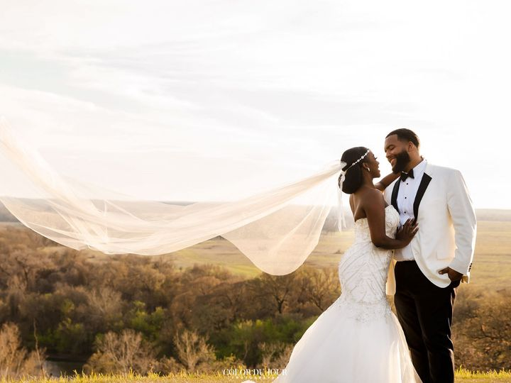 Tmx Desinity And Henry Greathouse For Email Size Vail In The Wind 51 325240 Bastrop, TX wedding venue