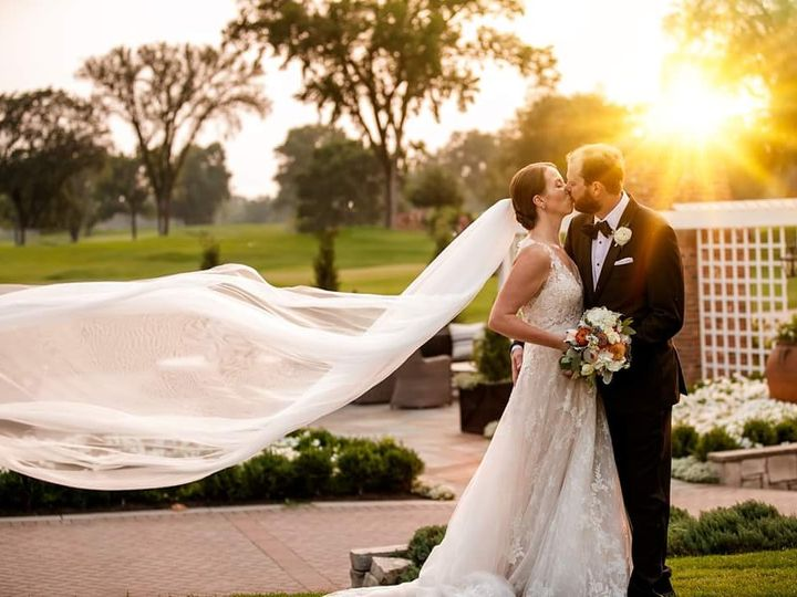 Tmx Img 20180905 131933 010 51 648240 Minneapolis wedding photography