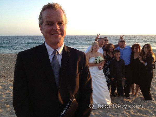 Wedding officiant, Officiant Guy, performs many Los Angeles beach weddings.