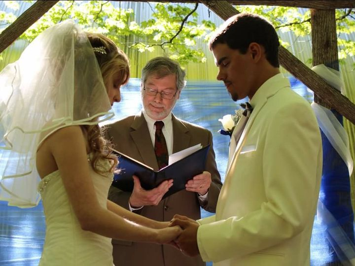 Tmx 18 05 18 Crystal Chris 2 Blessing 51 939240 Newport wedding officiant